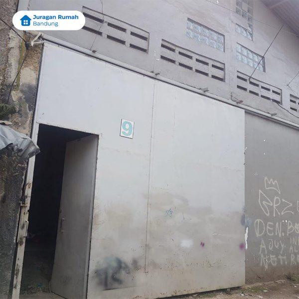 Bangunan Pabrik Bordir di daerah Cibolerang/Cigondewah